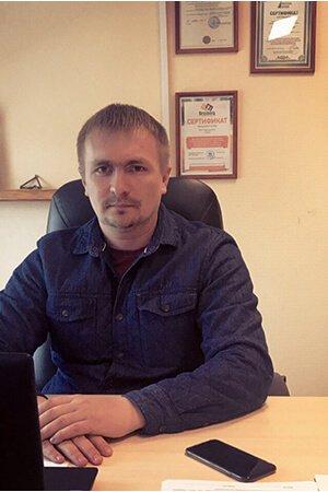 Директор Дачаев Ринат Султанович
